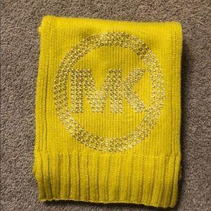 Accessories - Michael Kors scarf